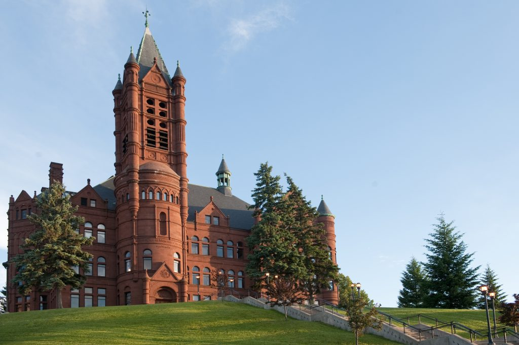 Crouse College building on Syracuse University campus